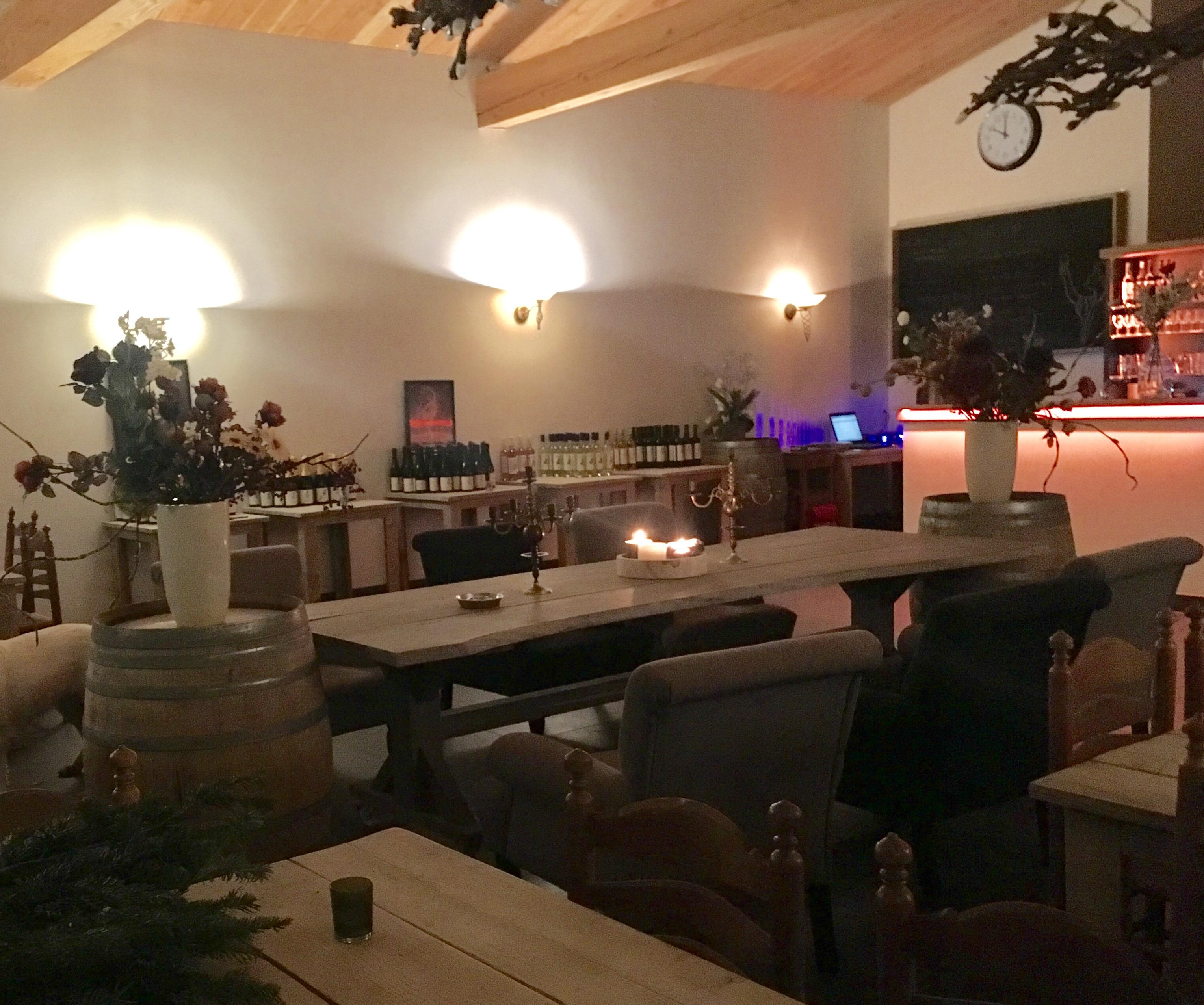 Nederlandse rode wijn en rose: Wijngaard Erve Wisselink Eibergen -Achterhoek