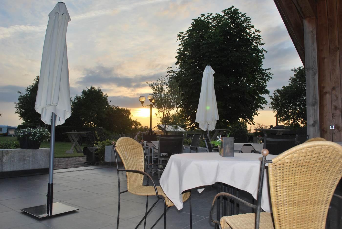 Wijnhuys op Wijndomein Erve Wisselink in Eibergen in de Achterhoek - Trouw en feestlocatie