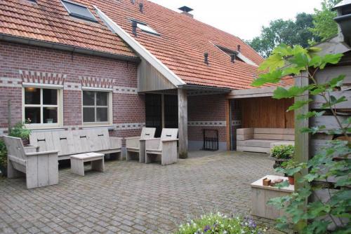 akantiehuizen in de Wijngaard: Wijndomein Erve Wisselink in Eibergen in de Achterhoek