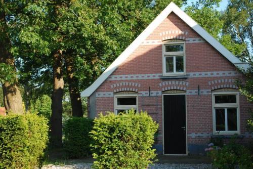 Vakantiehuis - Groepsaccommodatie - Camping - Wijngaard: Wijndomein Erve Wisselink in Eibergen in de Achterhoek